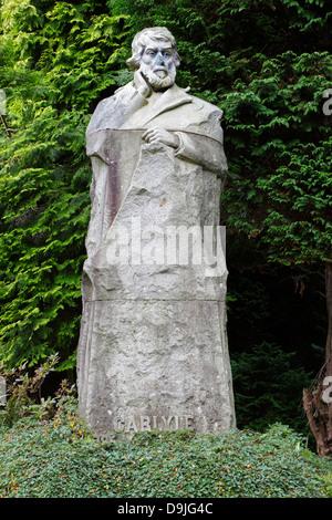 Statue of Thomas Carlyle in Kelvingrove Park, Glasgow, Scotland, UK - Stock Photo