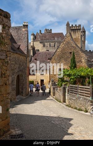 Chateau de Beynac et Cazenac, Beynac, Dordogne, France - Stock Photo