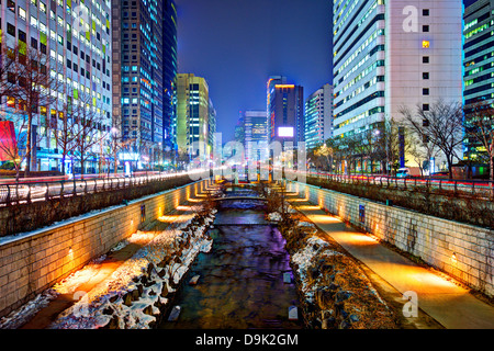 Cheonggyecheon stream in Seoul, South Korea is the result of a massive urban renewal project. - Stock Photo