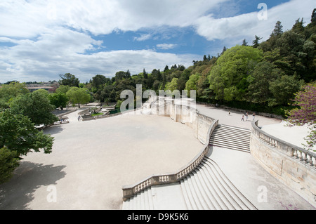 France gard nimes jardin de la fontaine irongate town for Le jardin de la france