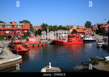Pilot boats in the harbor of Landsort Island (Oeja), harbor, Stockholm Archipelago, baltic sea coast, Sweden, Scandinavia