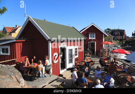Cafe, harbor of Landsort Island (Oeja), Stockholm Archipelago, baltic sea coast, Sweden, Scandinavia