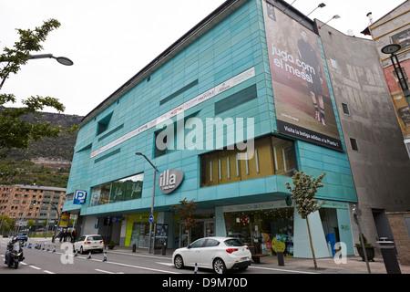 Shopping center in andorra andorra stock photo royalty free image 64679877 alamy - Centre comercial illa ...