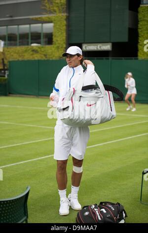 Wimbledon, London, UK. 22nd June 2013. The Wimbledon Tennis Championships 2013 held at The All England Lawn Tennis - Stock Photo