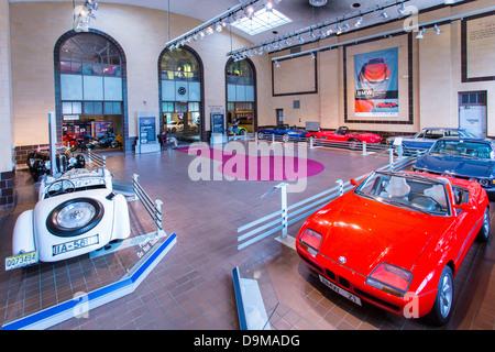 Saratoga Automobile Museum In Saratoga Springs New York Stock Photo - Saratoga auto museum car show