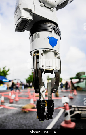 Pincer grip on an Andros Remotec Cutlass robot, used by the bomb squad for defusing IEDs and suspect devices. - Stock Photo