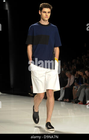 Milan Men's Fashion Week Spring / Summer 2018 Milan Men's ...