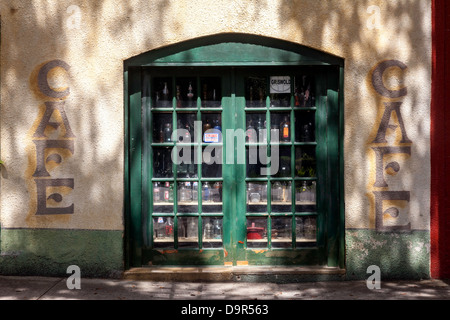 Originally an old garage and cafe converted to an antique shop in the historic district of Micanopy, Florida. - Stock Photo