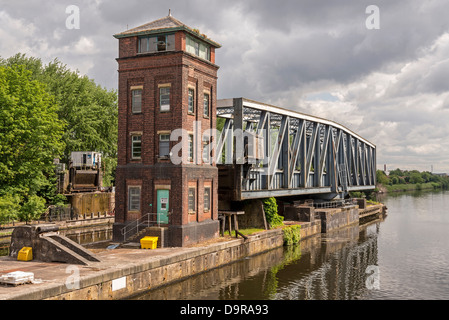 The Barton aqueduct carrying the Bridgewater canal across the Manchester Ship Canal swung to allow boats to pass. - Stock Photo