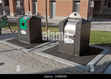 Communal underground household rubbish and recycling bins in Amiens, Picardy, Somme, France. - Stock Photo
