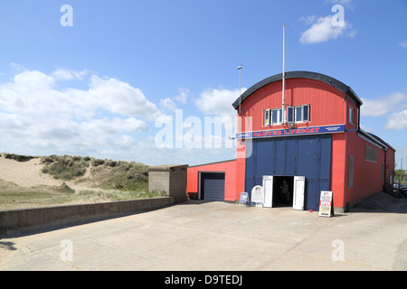 caister lifeboat and station on the norfolk coast - Stock Photo