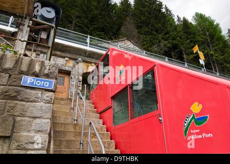 Switzerland, Canton Ticino, Ritom-Priora, cable car rope - Stock Photo