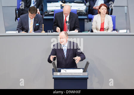 Berlin, Germany. 27th June, 2013. Angela Merkel gives a Government statement on the issue of the past G8 summit - Stock Photo