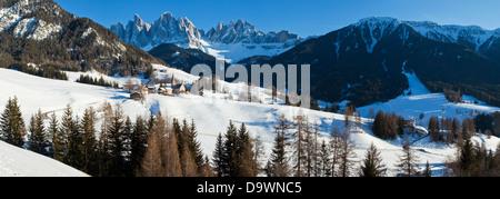 St. Magdalena village and church, Val di Funes, Italian Dolomites mountains, Trentino-Alto Adige, South Tirol, Italy - Stock Photo