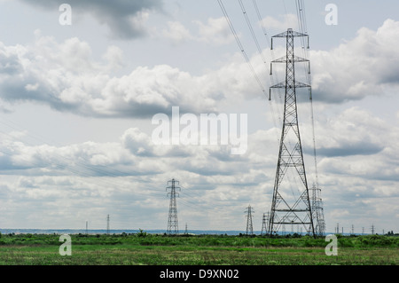 Electricity transmission pylons in South Essex. - Stock Photo