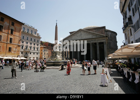 Outdoor cafe near the Pantheon on Piazza della Rotonda, Rome, Italy - Stock Photo