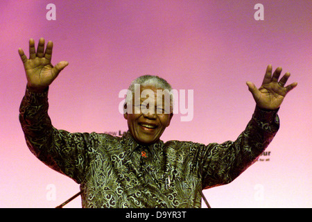 South African President Nelson Mandela speaking at the Labour Party Conference in Brighton September 2000 - Stock Photo