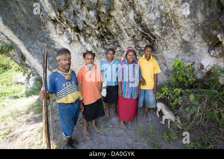 Local New Guineans, Lufa District, Eastern Highlands Province, Papua New Guinea - Stock Photo