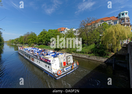 Tour Boat , Landwehrkanal , Paul Lincke Ufer, Spring, Berlin, Germany