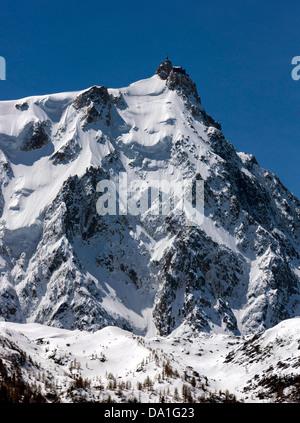 Aiguille du Midi (3,842 m) Chamonix du Mont Blanc, France - Stock Photo