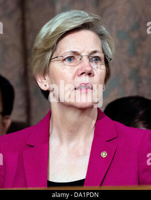 United States Senator Elizabeth Warren (Democrat of Massachusetts), member, U.S. Senate Banking, Housing, and Urban - Stock Photo