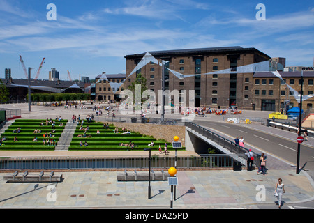 New Central Saint Martins College of Art and Design building in Kings Cross, London, Summer 2013 - Stock Photo
