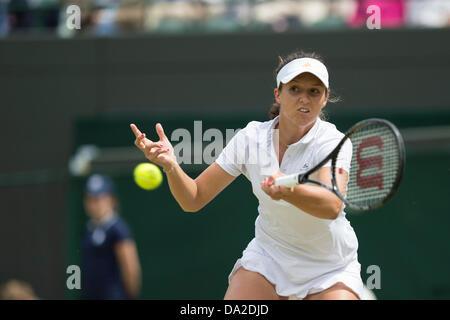 Wimbledon, london, UK. 1st July 2013. The Wimbledon Tennis Championships 2013 held at The All England Lawn Tennis - Stock Photo