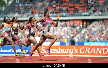 Birmingham, UK. 30th June 2013. Blessing Okagbare (NGR) wins the 200m. Sainsburys Grand Prix. Diamond League. Alexander - Stock Photo