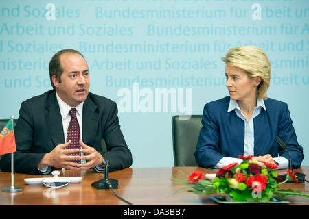 Berlin, Germany. July 2nd 2013. German Minister for work, Ursula von der Leyen Receives her counterpart Alvaro Santos - Stock Photo