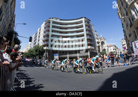 Nice, France. 2nd July, 2013. Riders of Astana team compete during the 25 km team time-trial and fourth stage of - Stock Photo