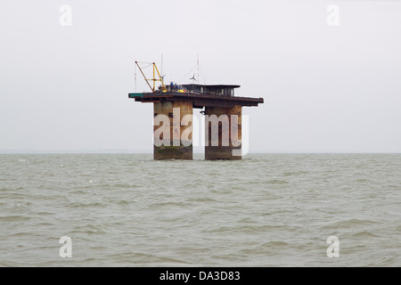 Roughs Tower World War 2 anti  aircraft gun fort – North Sea,UK – now known as Sealand - Stock Photo