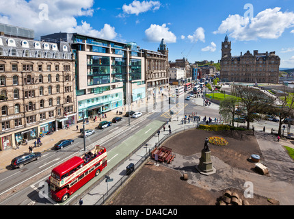 View of busy traffic on Princes street looking towards Calton Hill Edinburgh city centre Edinburgh Midlothian Scotland - Stock Photo