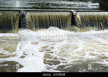 Cascading Water - Weir on the River Great Ouse, Eaton Socon, England UK. - Stock Photo
