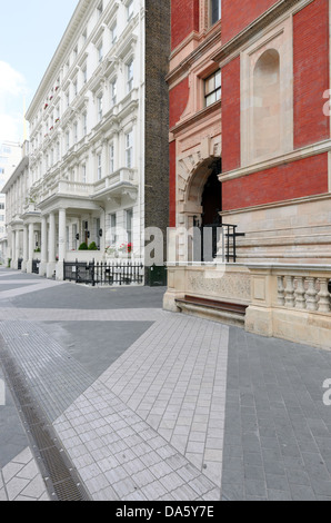 Exhibition Road in the Royal Borough of Kensington and Chelsea. - Stock Photo