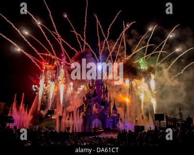 Disneyland Paris 20th anniversary Dreams show - Stock Photo