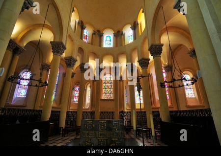 Interior view, Basilica of Notre-Dame du Port