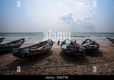 Boats on the beach. Puri, Orissa, India - Stock Photo