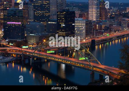 FORT PITT BRIDGE MONONGAHELA RIVER PITTSBURGH PENNSYLVANIA USA - Stock Photo