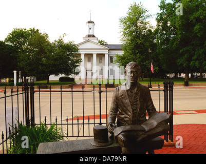 Statue of Abraham Lincoln in front of the Vandalia, Illinois, USA State Capitol from 1819-1839 - Stock Photo