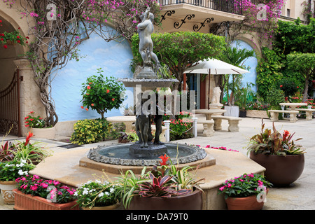 Courtyard fountain on Worth Avenue,Palm Beach,Florida,USA,North America - Stock Photo