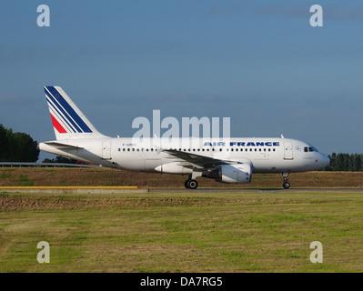 F-GRHQ Air France Airbus A319-111 - cn 1404 - Stock Photo