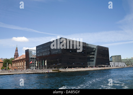 Copenhagen The Black Diamond Den Sorte Diamant modern waterfront extension to Royal Danish Library's old building - Stock Photo