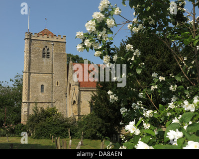 Beautiful Dorchester On Thames Abbey Church of St Peter & St Paul in summer - Stock Photo