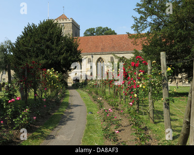 Garden & Graveyard of Beautiful Dorchester On Thames Abbey Church of St Peter & St Paul - Stock Photo