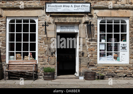 Blanchland post office, Northumberland.  One of only 3 Victorian post boxes in the UK is located here. - Stock Photo