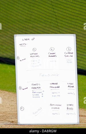 Nottingham, UK. 8th July, 2013. The team order during the Australian team training session prior to the first Ashes - Stock Photo