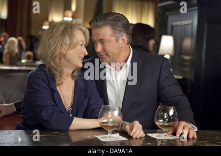 IT'S COMPLICATED 2009 Universal Pictures film with Meryl Streep and Alec Baldwin - Stock Photo