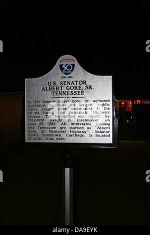 U.S. SENATOR ALBERT GORE, SR. TENNESSEE In 1956 Senator Albert Gore, Sr. authored legislation to create the largest - Stock Photo