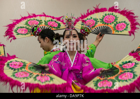 Traditional Korean Dancers near Bulguksa Temple Gyeongju, Busan, South Korea - Stock Photo