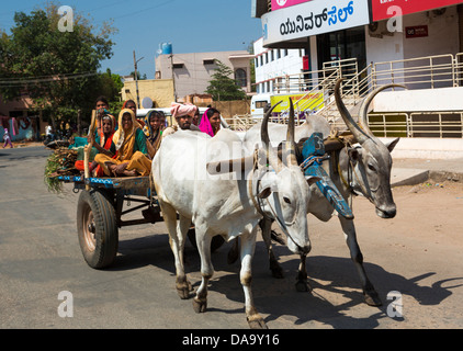 India, South India, Asia, bulls, cart, chariot, colourful, farmers, transport, primitive, ox, - Stock Photo